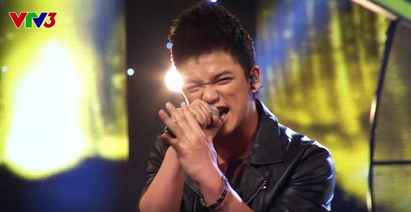 "Trong ""The German Hot Boy"" wins Vietnamese Idol singing contest."