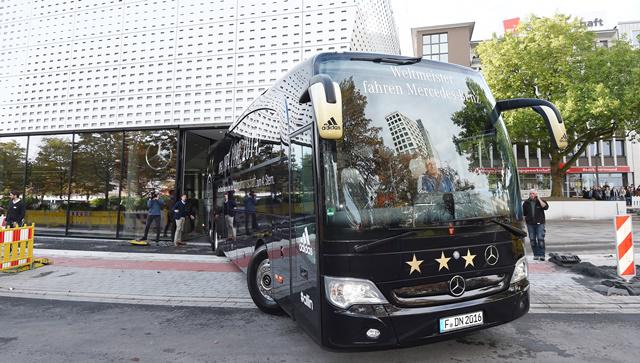 Want to get in the German National team bus? Go to Dortmund to the DFB-Fußballmuseum