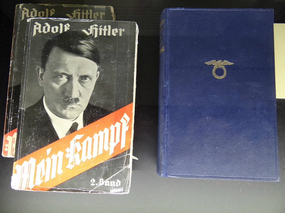 Teachers want to use Mein Kampf in high schools.