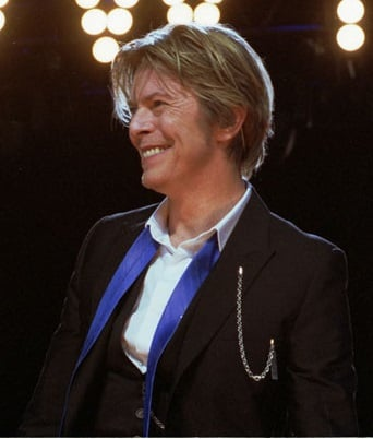 David-Bowie_Chicago_2002-08-08_photoby_Adam-Bielawski-cropped.jpg