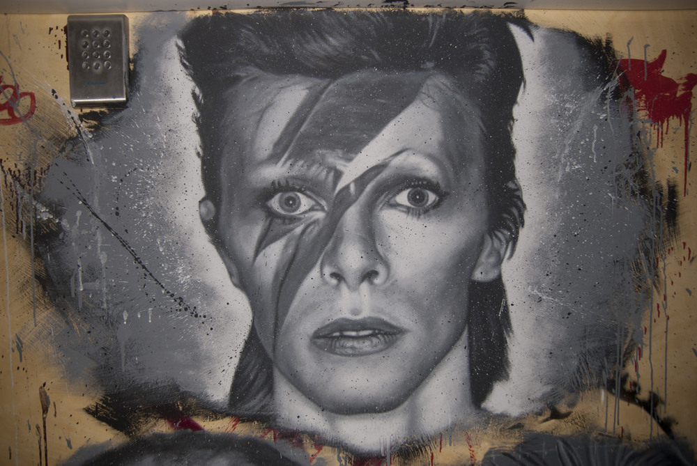 Petition to name street after David Bowie in Berlin.