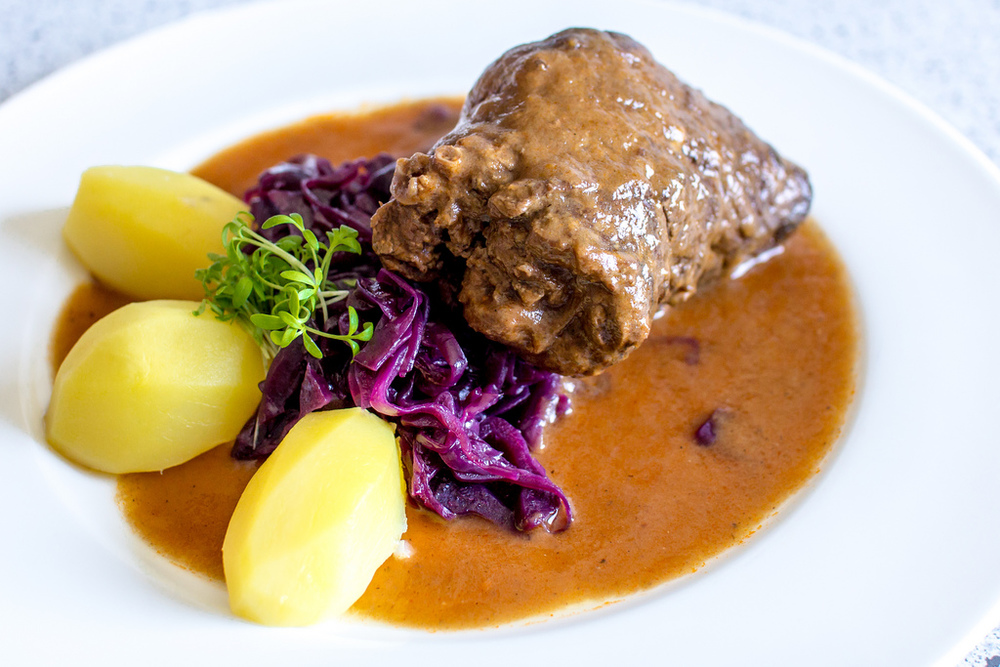 What kinds of delicious food can you find in Germany?