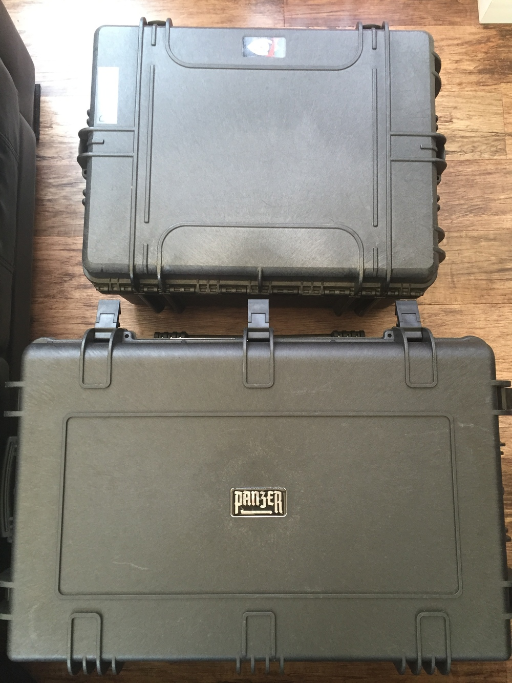 Top View: Multi Rotor Axessories Inspire 1 Travel Mode Case (top) and Panzer Cases Aurora Inspire 1 Flight and Travel Mode Case (bottom).