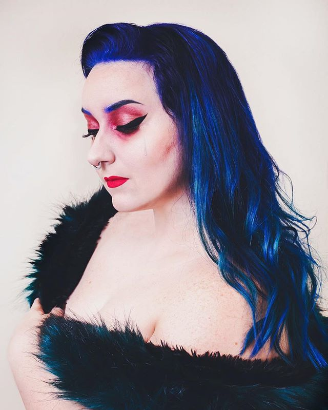 Losing love, starting over, and panic is the current state of my life right now. So what did I do? Change my hair.  #pravanavivids by @hairbymason_ . . . #blueombre #blueombrehair #cobaltblue #pravanablue @kaylajoyphoto