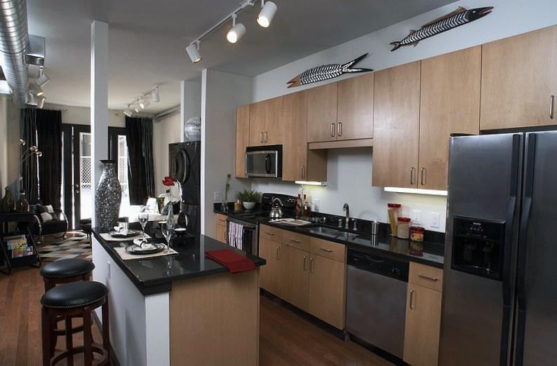 5300 Kitchen.jpg
