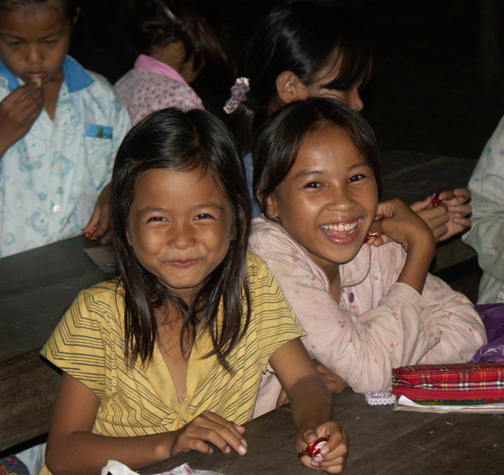 b 756 Village School girls smiling PICT0756.jpg