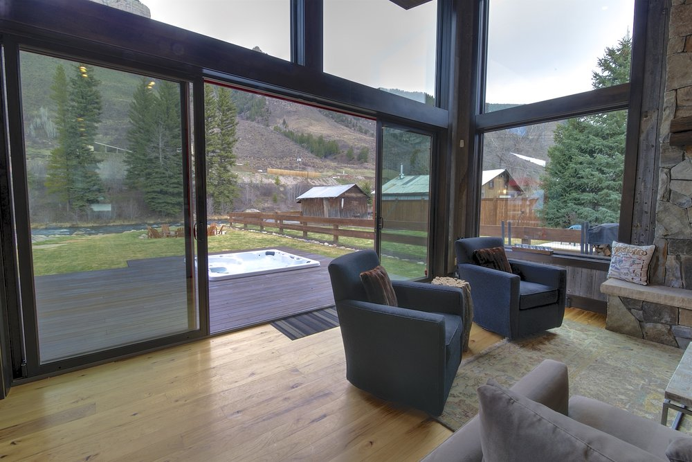 Main Minturn lvg view.jpg