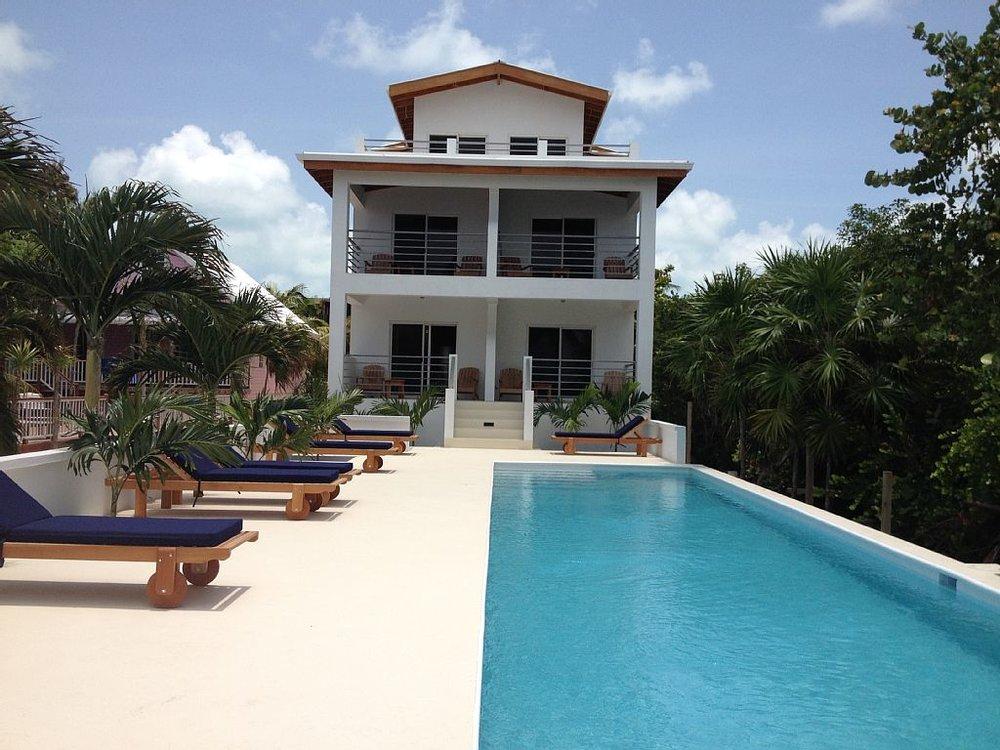 Sullivan_Belize_Hotel_1.jpg