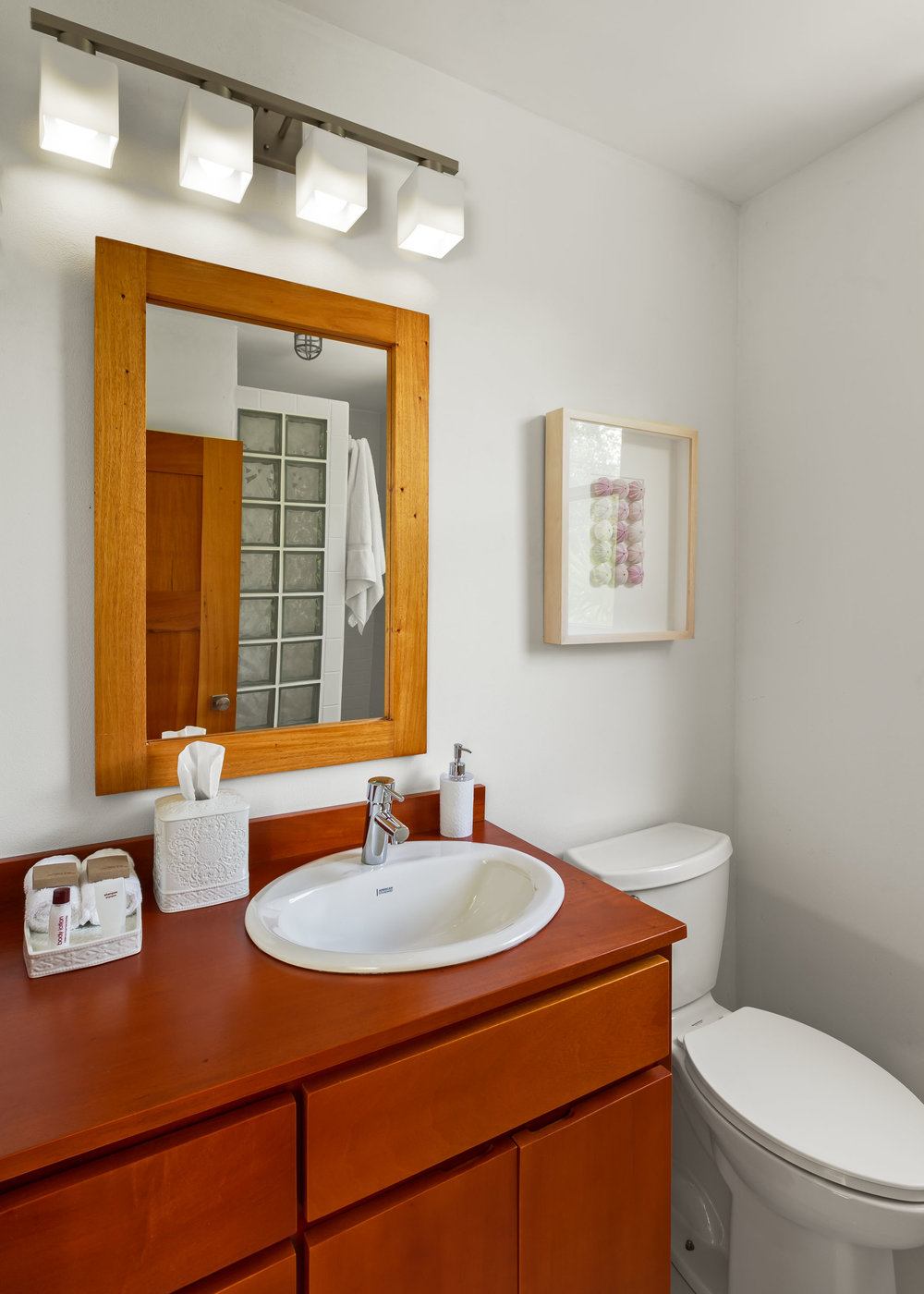 Weezies White Cottage Bathroom-2.jpg