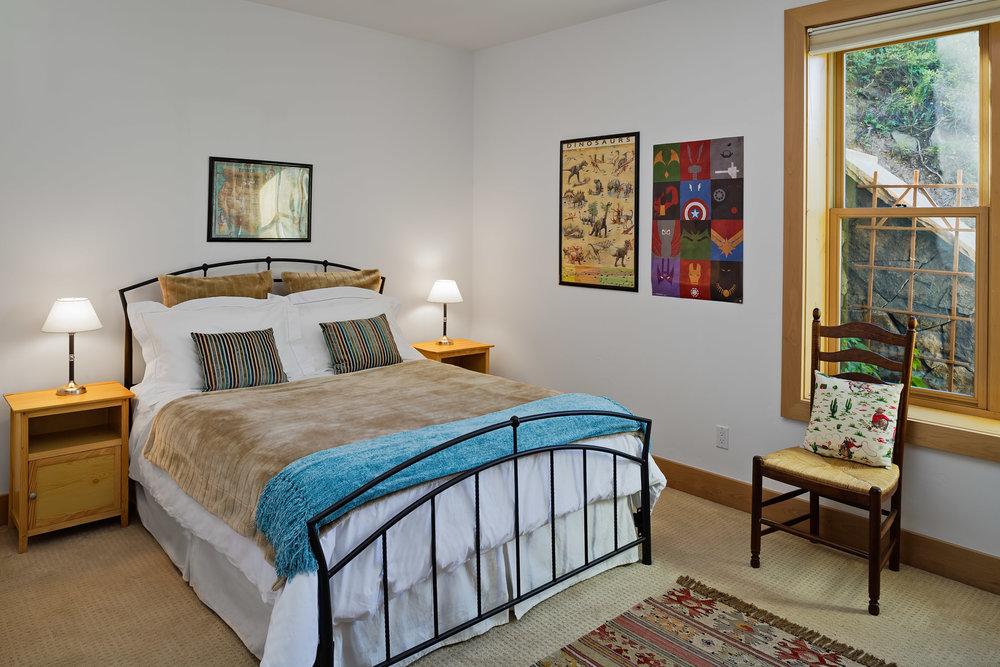 568Taylor-Guest Bedroom 1.jpg