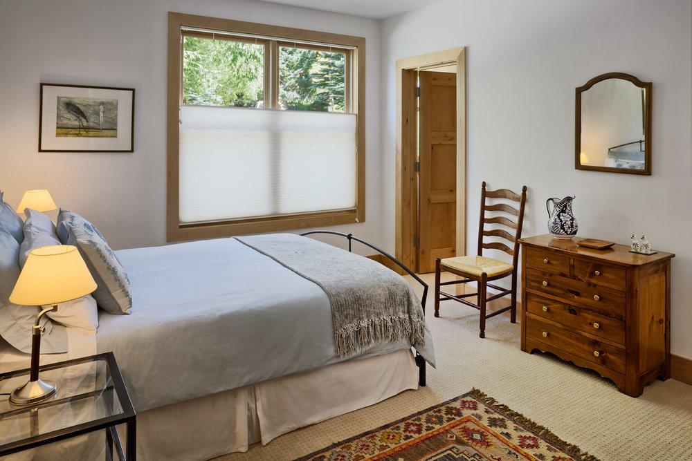 568Taylor-Guest Bedroom 2.jpg