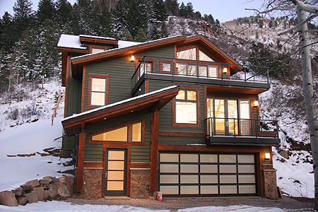 568taylor-front.jpg