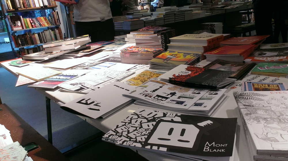 This here be the Gosh Comics small press table!