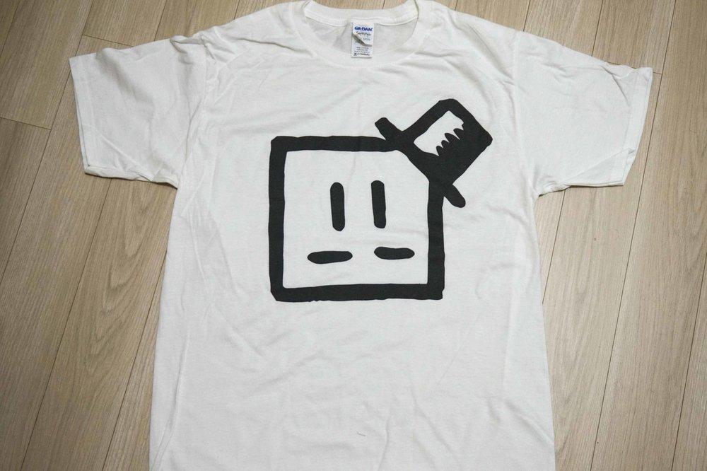 Mont BlankT-shirt - Gildan tee£ 10.00 / ₩10,000 / ¥ 1000