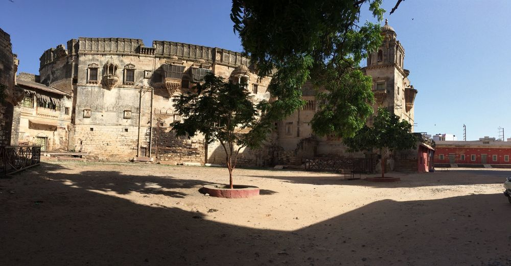 Ainu Mahal (palace in the old city of Bhuj)