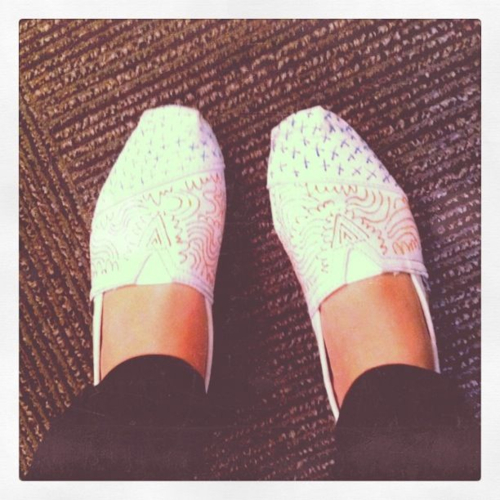 muchas gracias @willbryantplz for these rad TOMS!   They are my favorite.   check out his talents ::  www.willbryant.com