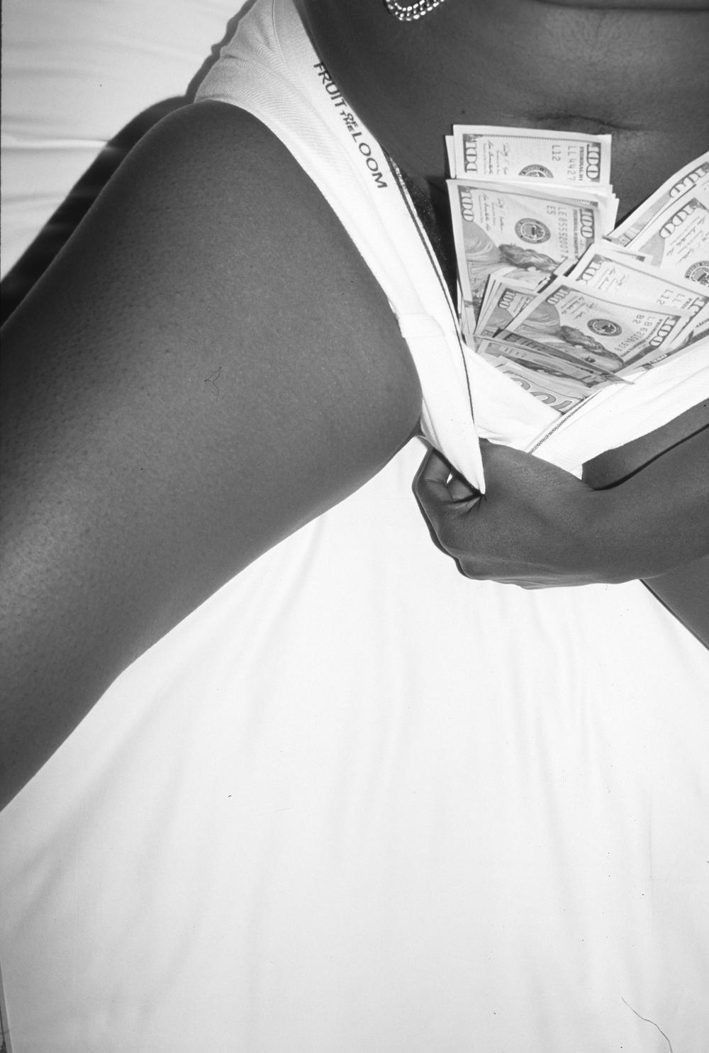 $, Photo Performance, 2014