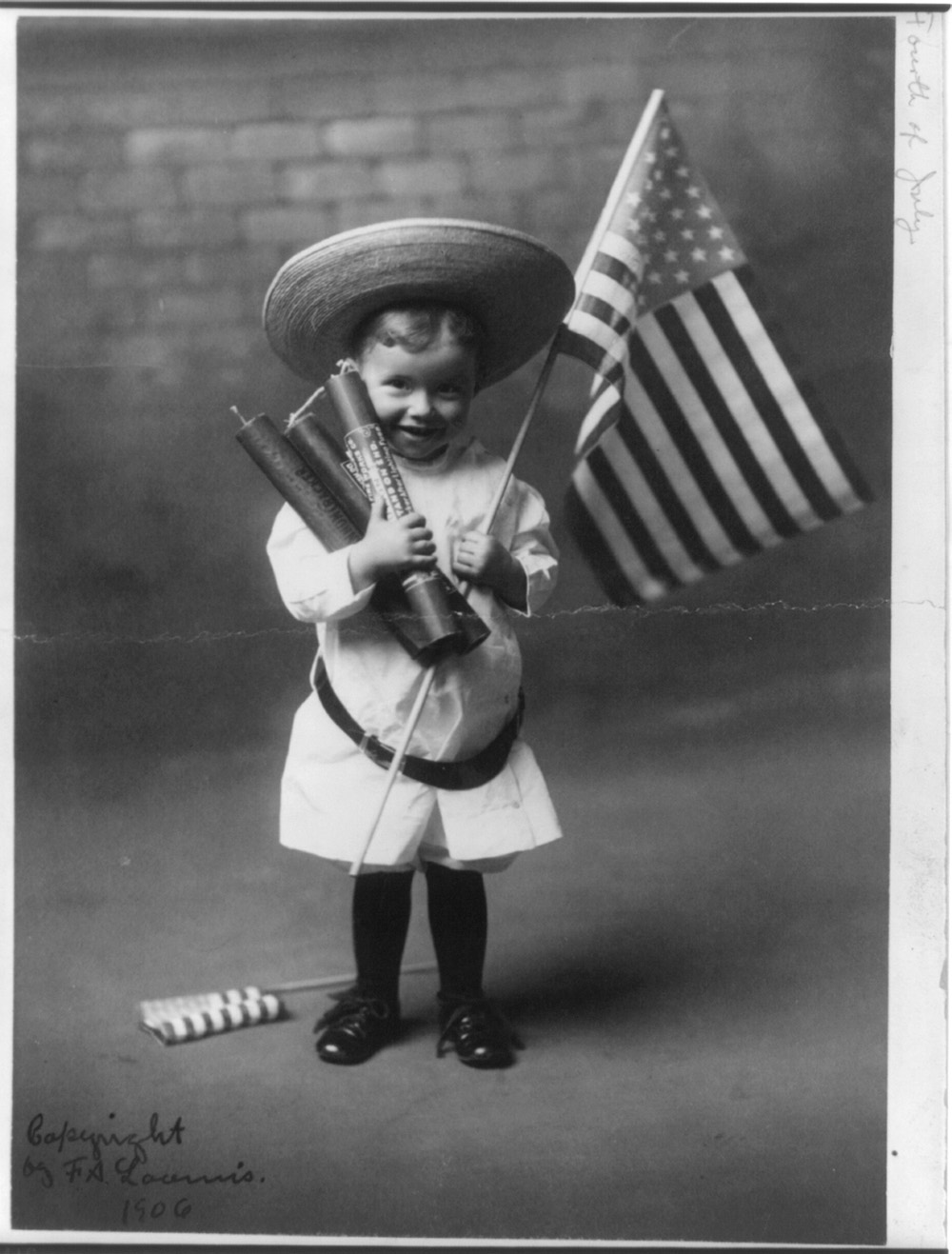 July 4.  Loumis, F. A. 1906