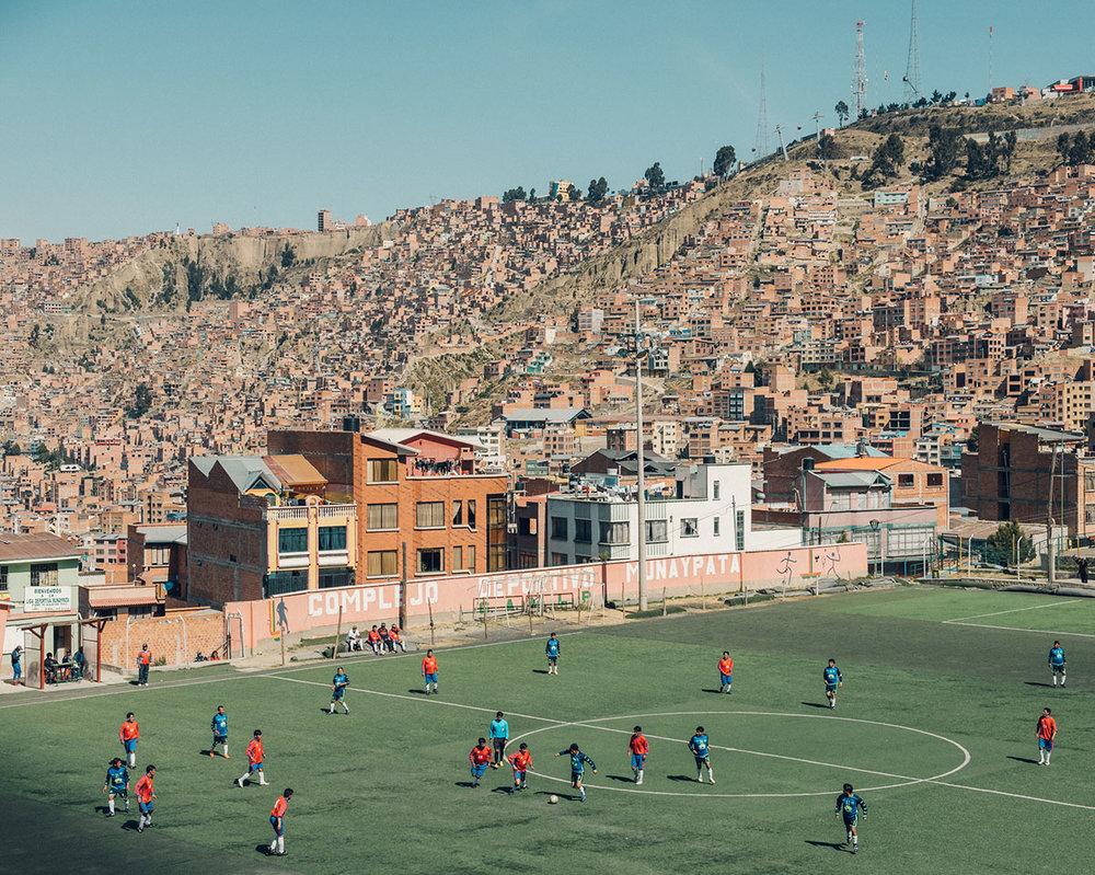 Munaypata Municipal Field in La Paz, Bolivia.© Jared Soares