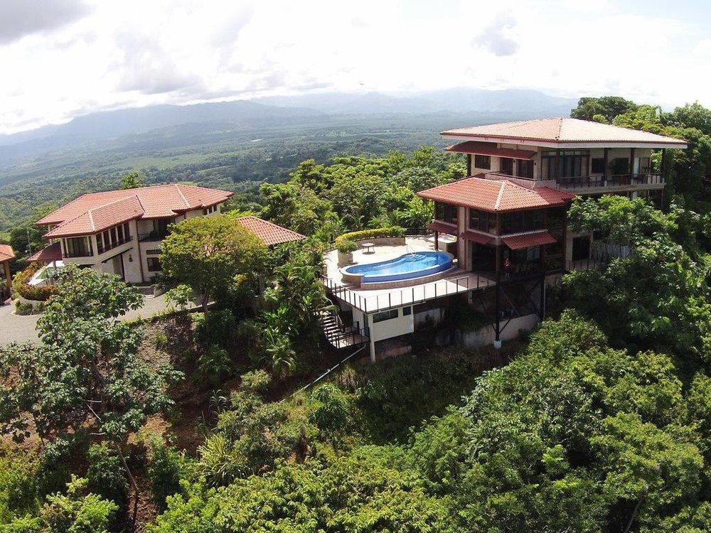 COSTA RICA HOUSE.jpg