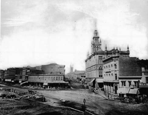 1868 photograph of the intersection of Market, Post and Montgomery Streets.  Source: Collection of the California Historical Society. Digital version: USC Digital Library. For an  extremely  zoomable version of this photo, click  here .
