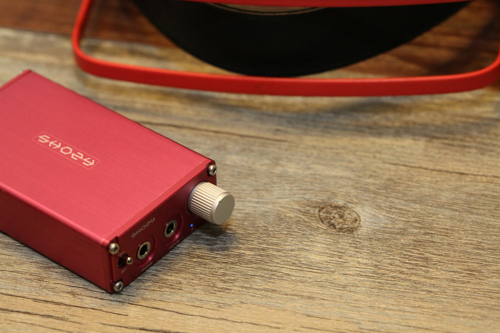 Shozy Px-1 Amplifier    Specifications   Color:Red/grey/gold/silver/black  Headphone impedence range:8-32 Ohms  Frequency range:17HZ-100KHZ  Signal/noise ratio:101dB  Total harmonic distortion:< 0.0045%  Intermodulation distortion:< 0.0065%  Output power:150mW(32 Ohms)  Battery per charge lasting:60+ hrs  Recharging time:about 3 hour