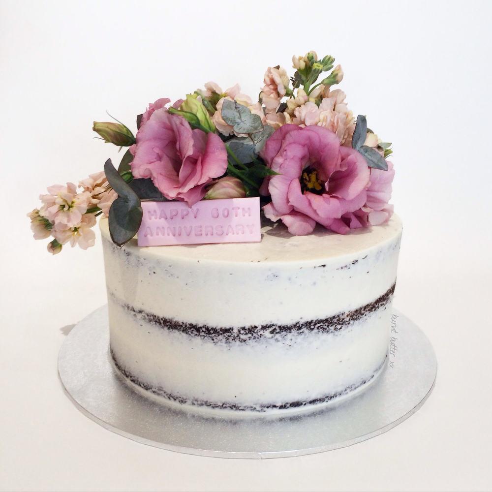 Enchanting Diamond Wedding Anniversary Cake Photos - The Wedding ...