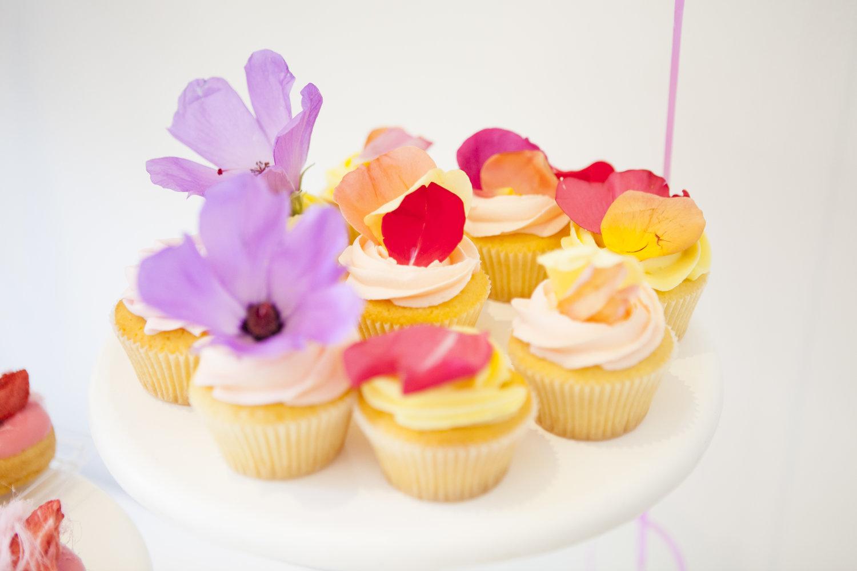 1 Doz Edible Flower Cupcakes Burnt Butter Cakes