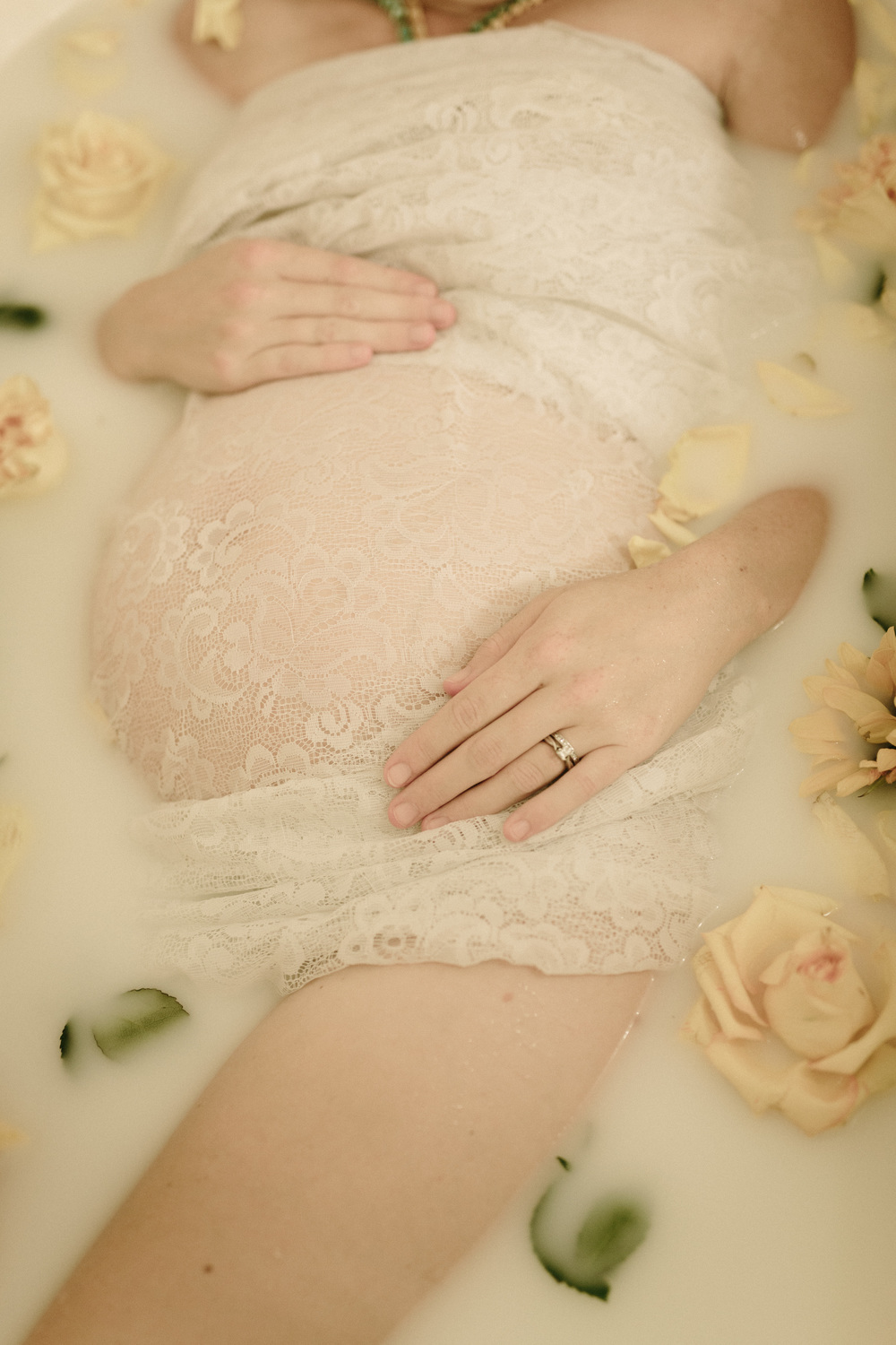 Milk bath maternity session