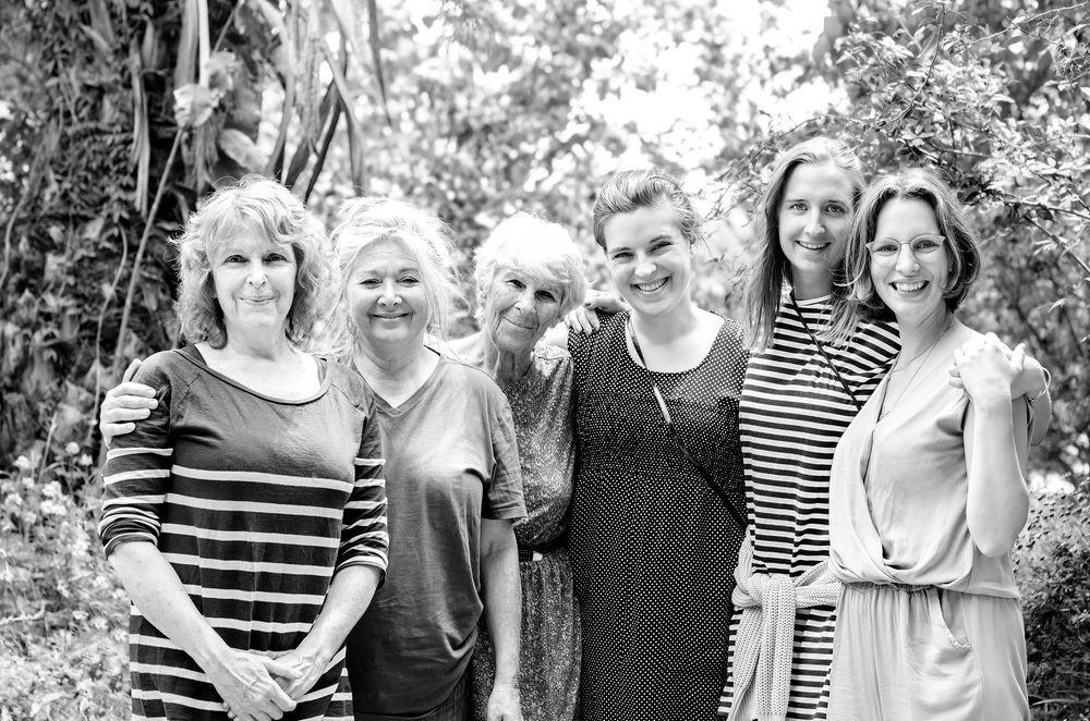 From the left: Sygalle (my mother), Michal (cousin from Jerusalem), Ayala (my grandma from my mother's side), Ida, Mari & Laura (Ida & Laura are sisters, our cousins from Denmark. Mari is their good friend from Norway).
