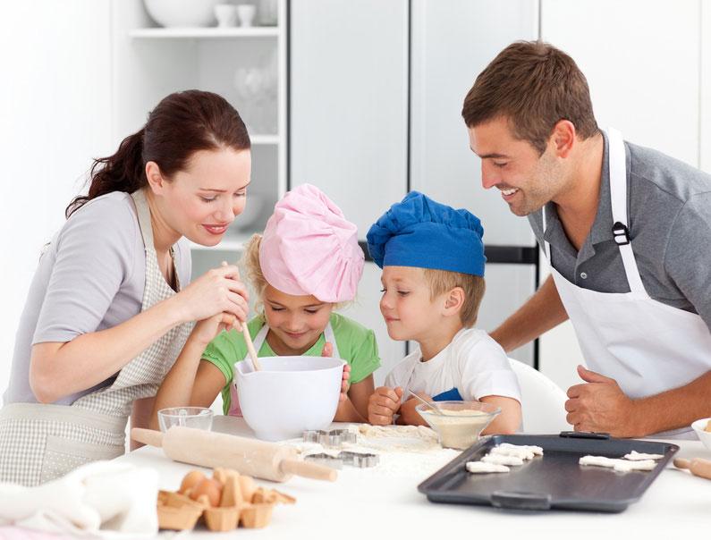 Foto:http://www.topsante.com/maman-et-enfant/enfants/bien-manger/3-ateliers-cuisine-a-faire-avec-vos-enfants-11810