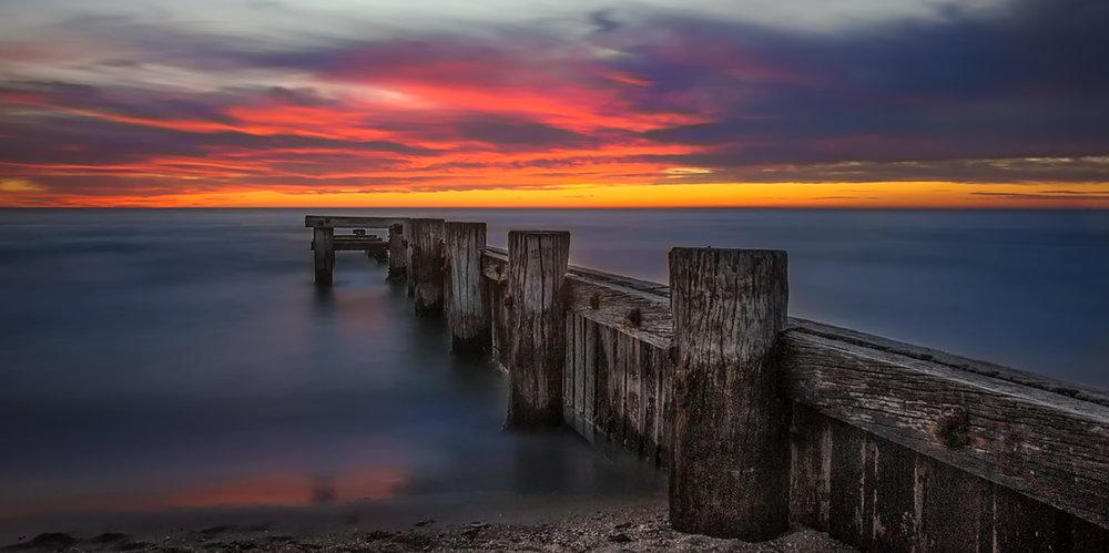 Mentone Pier 2-brighter.jpg