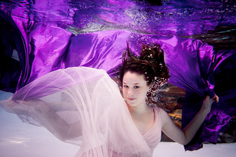 Stephanie kopf photography underwater portrait