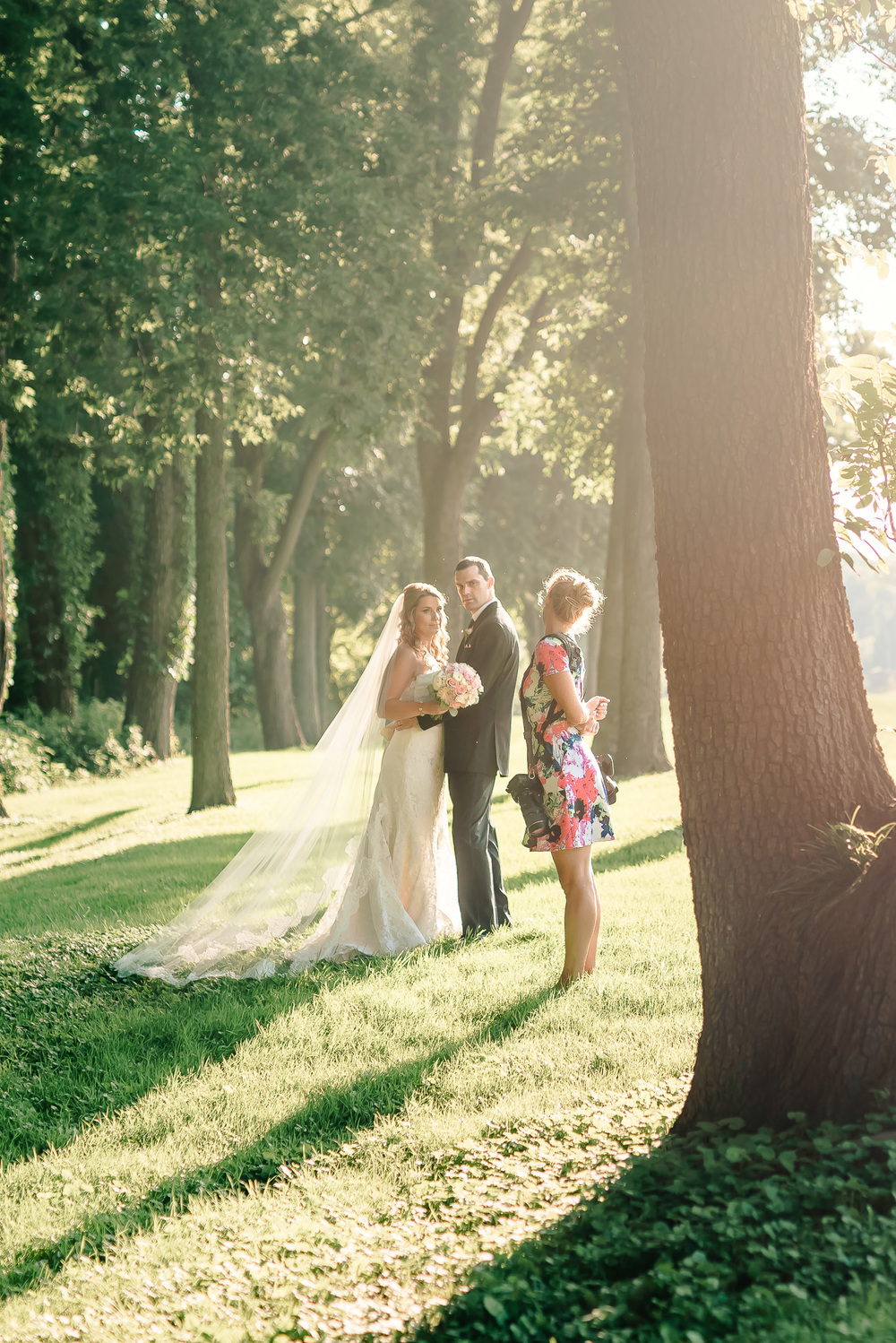 Wedding photographer behind the scenes_Stephanie Kopf Photography