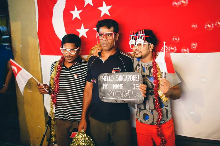 A pop-up photobooth at Rowell Road in August 2013. The photobooth was jointly organized by Beyond the Border, Behind the Men, In Merry Motion, and Hello Stranger.