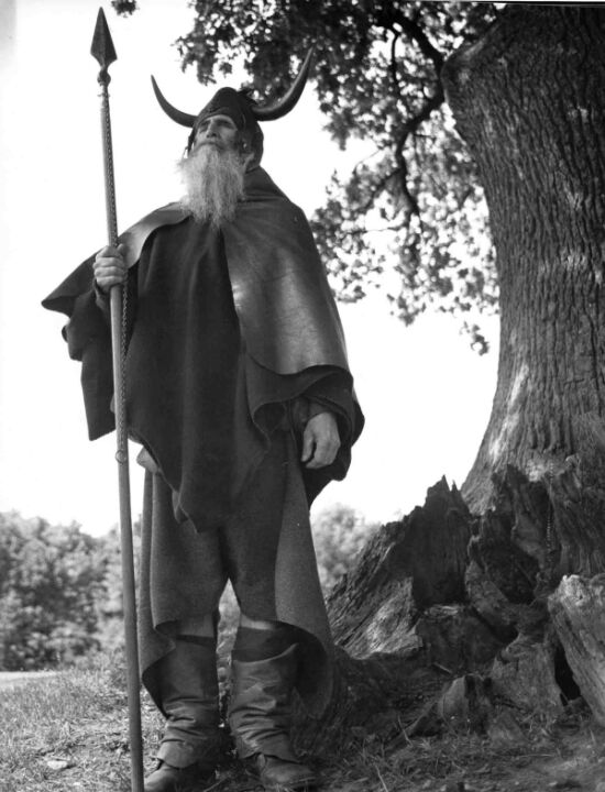 Moondog - Hamburg 1974.jpg