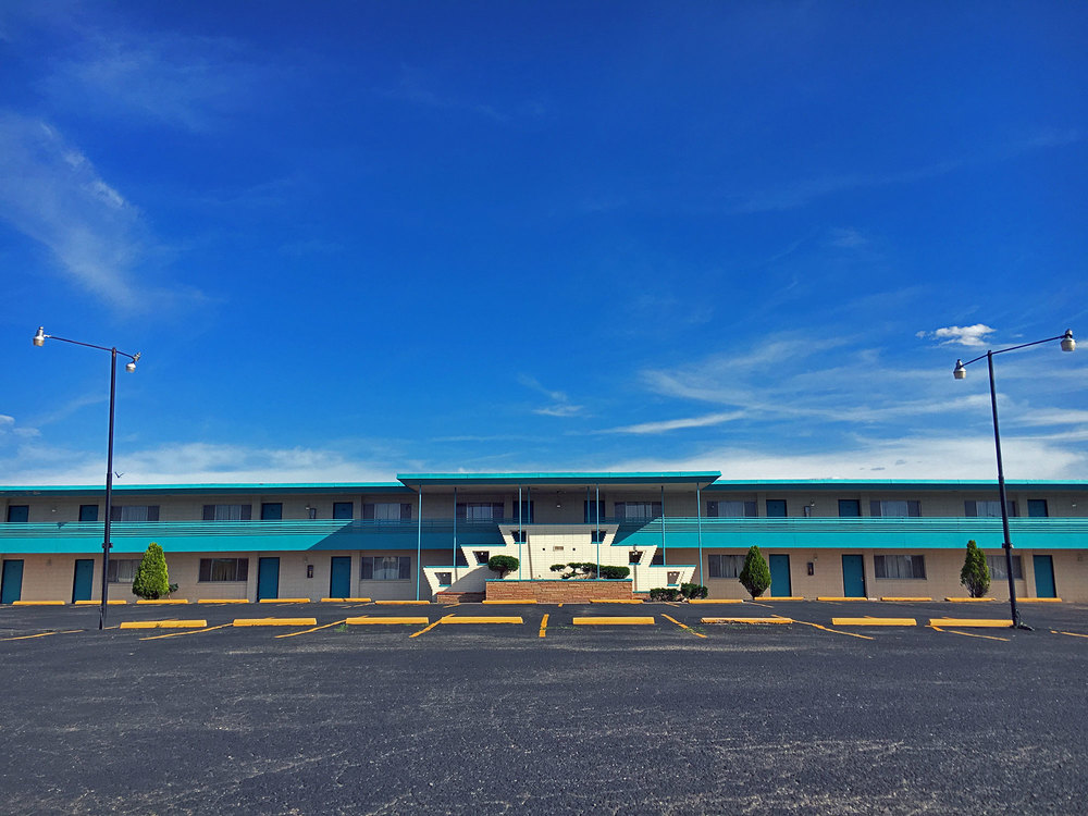Midcentury motel architecture at its finest on historic Route 66.