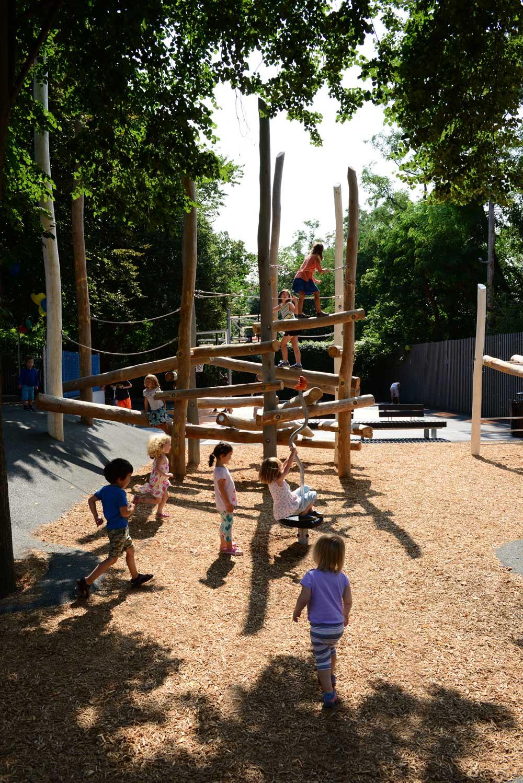 Hoyt-Sullivan_Somerville_Adventure-Playground_KMDG_DKM_0594_m.jpg
