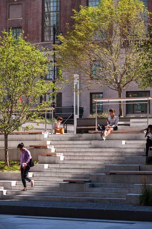 Roemer-Plaza_Suffolk-University-Landscape_0399-cpp-4203_KMDG.jpg