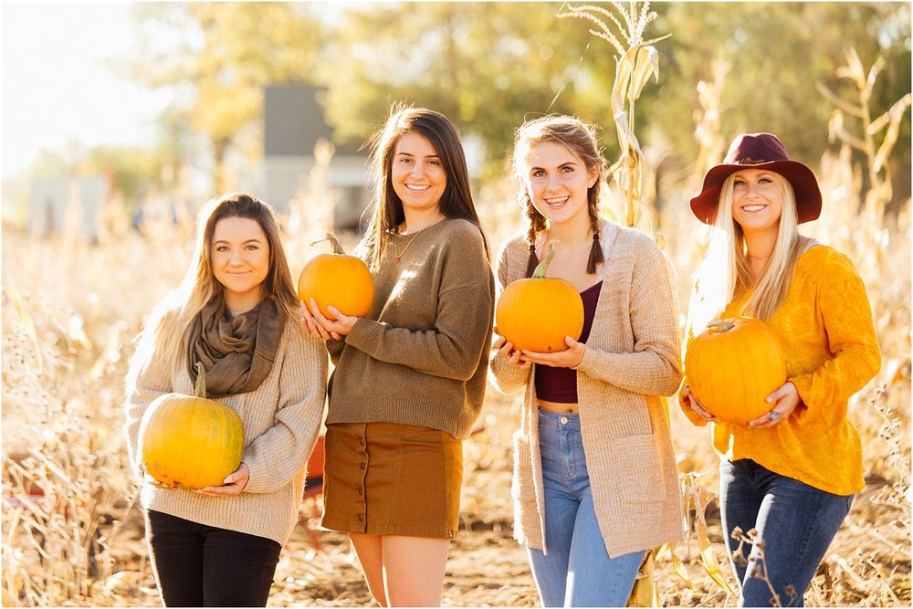 20171011SeniorPumpkinPatch122_web.jpg