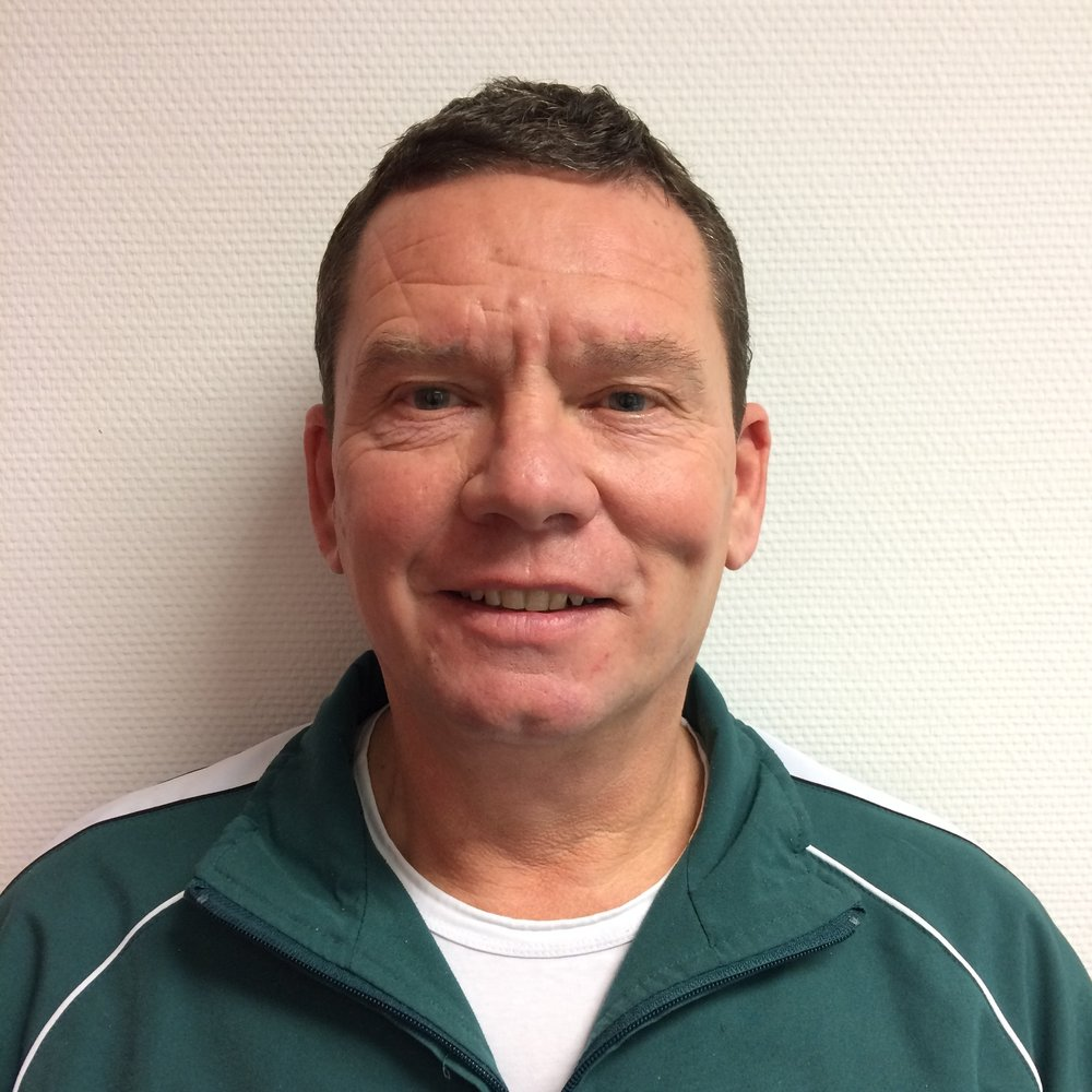 Gerard Besseler    gbesseler@icloud.com     SBO Dr. Ariënsschool    Coördinator Bewegingsonderwijs SKOE  Schoolvaardigheidcommissie  Voorzitter Basketbalcommissie