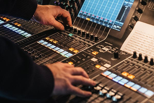 live-sound-mixing-console.jpg