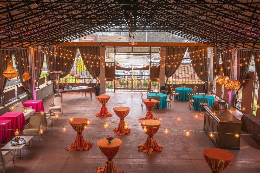 📷: Jason Lee Denton of Solar Cabin Studios Rentals: Classic Party Rentals Lighting: Bright Event Productions Flowers: Rosebuds East