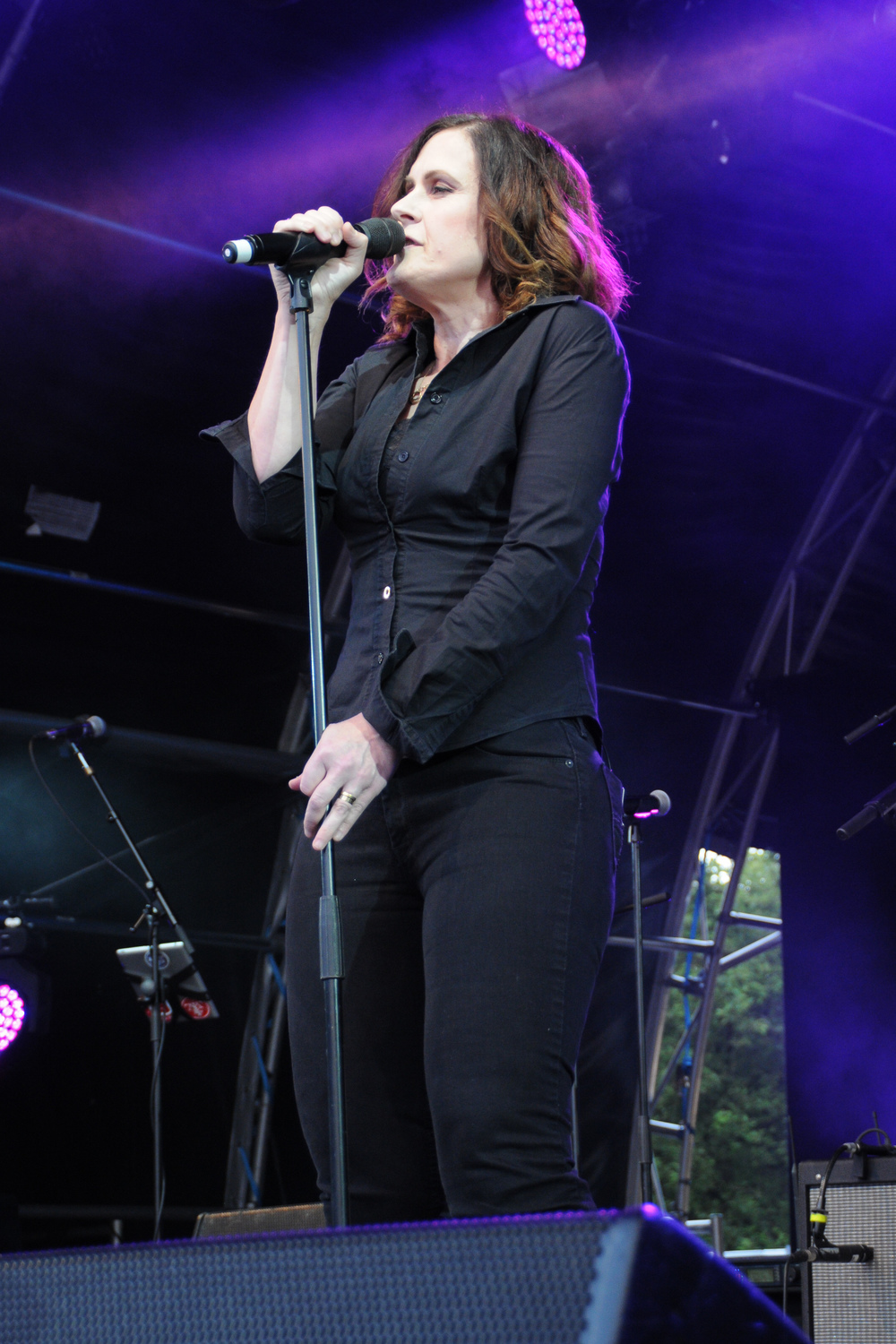 Alison Moyet performs with Nile Rogers at the Fold Festival in London's Fulham Palace