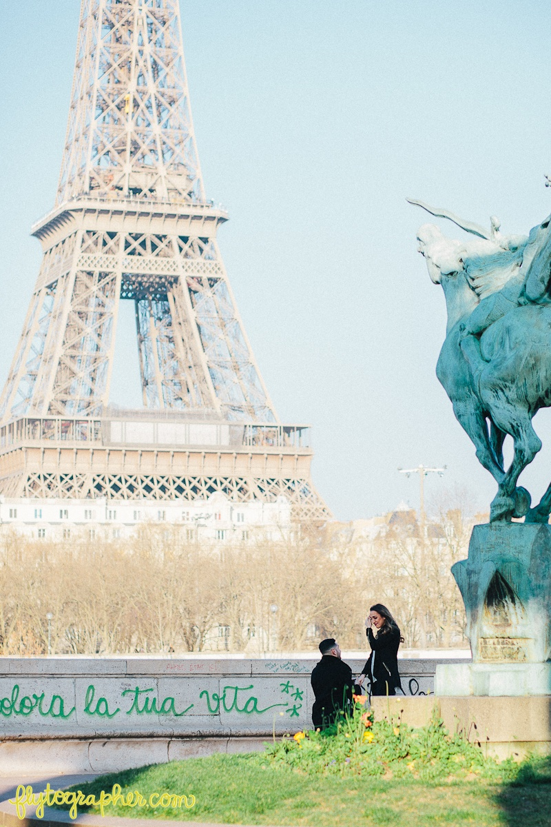 romantic-proposal-paris.jpg