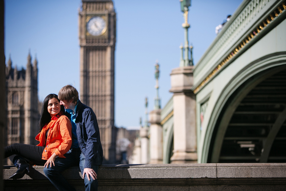 Hire a Vacation Photographer in London | Flytographer