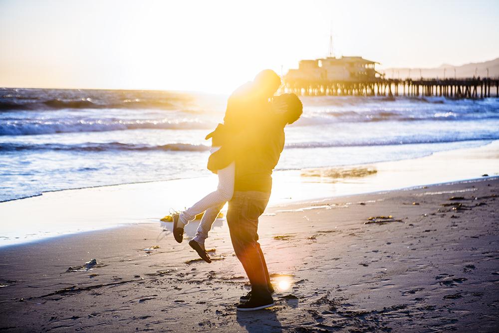 Santa Monica Vacation Photographer | Creative Honeymoon Photo Ideas