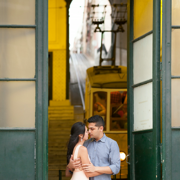 Hire a Proposal Photographer in Lisbon