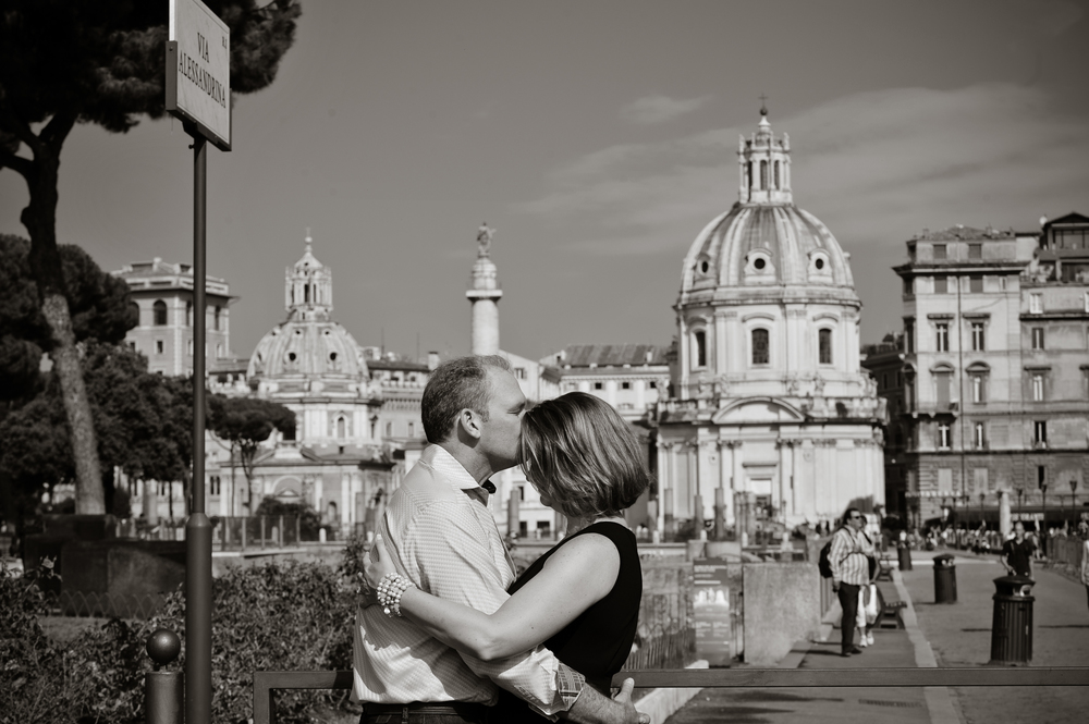 Rome Vacation Photographer - Siobhan - Flytographer