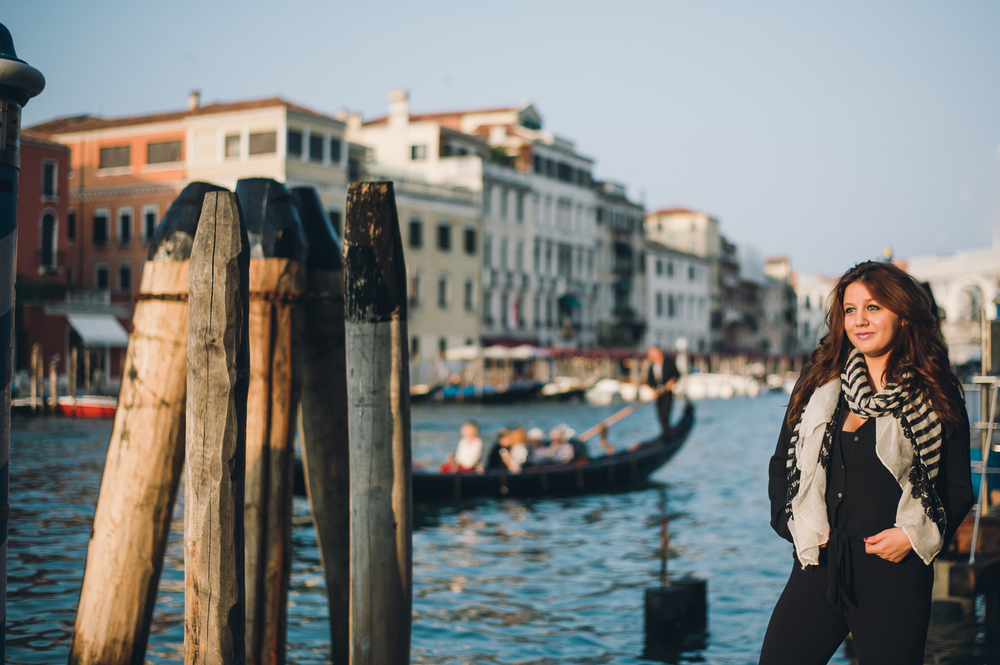Flytographer | Vacation Photographer in Venice - Serena 2